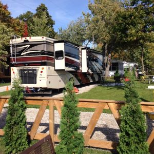 Pull Thru Waterfront Site -Campers Cove Campground Ontario Canada